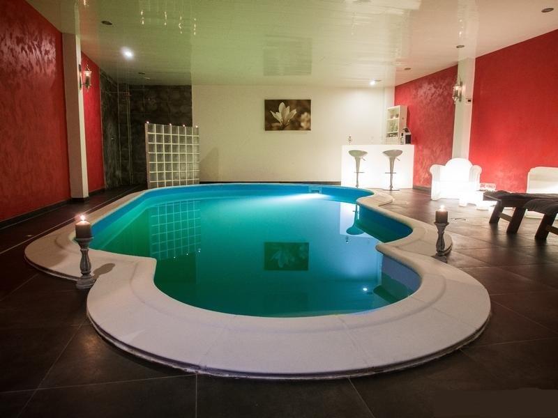 Spa privatif avec piscine belgique chambre avec spa for Piscine belgique